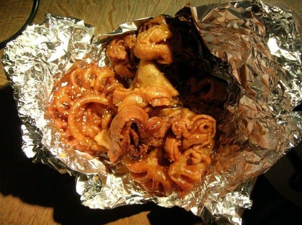La chebakia est une pâtisserie marocaine au miel